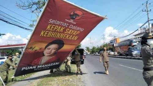 Warganet Merespon, Baliho Puan Maharani Diturunkan Satpol PP Sukoharjo