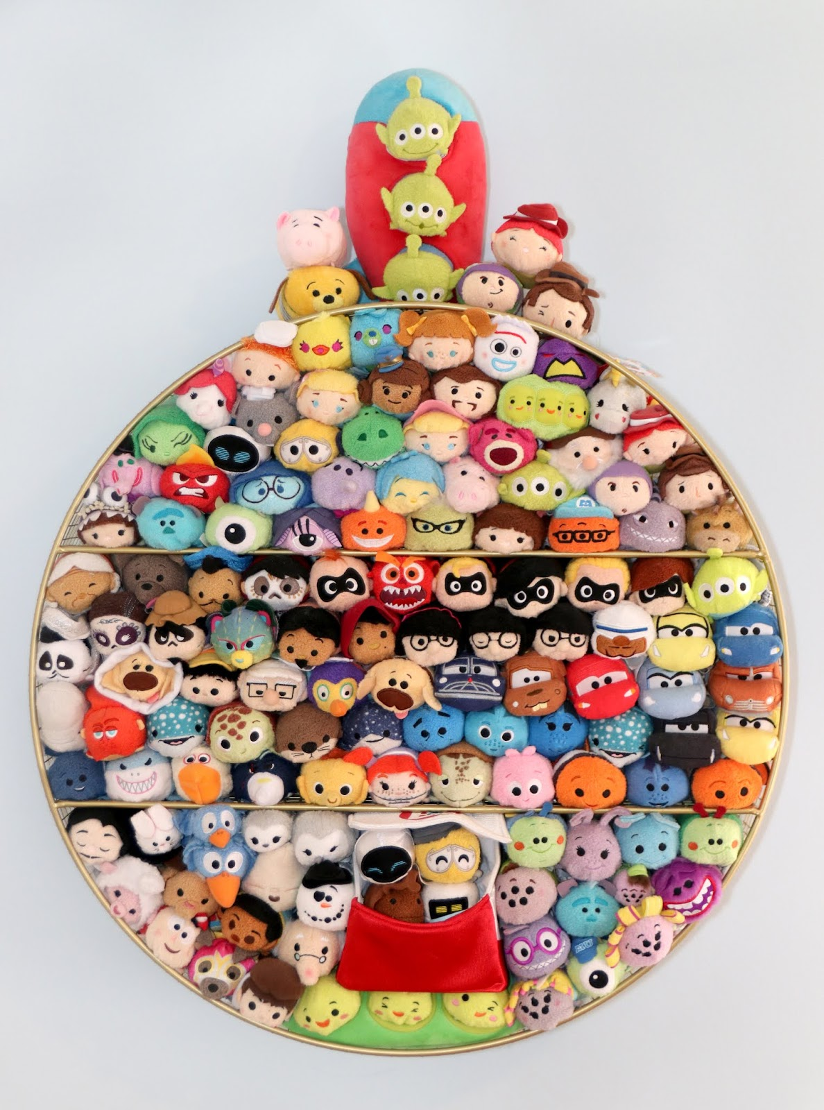 disney pixar tsum tsums shelf complete collection