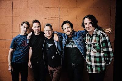 La nueva canción de Pearl Jam solo suena si apuntás tu celular a la luna
