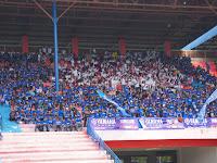 Ribuan Pendukung Beri Semangat untuk Pembalap Yamaha Racing Indonesia