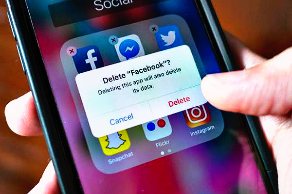Top 5 Reasons to Delete Your Facebook Account Right Now