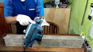 Cara setel Posisi Knob diatur pada skala 2mm sebelum proses menyerut kayu