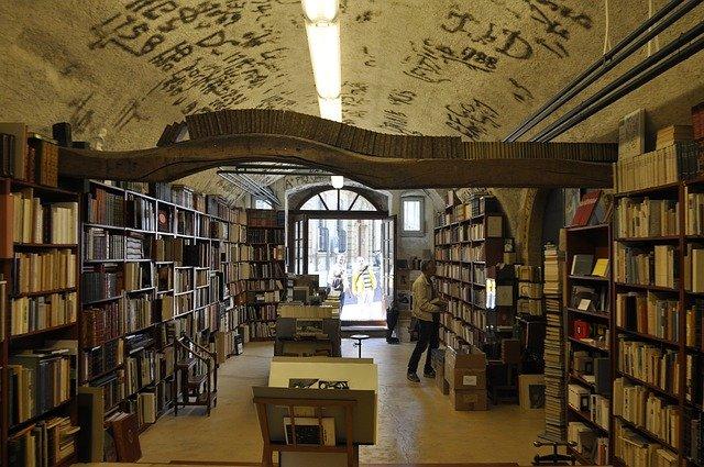 Daftar Lengkap Toko Buku Di Bogor Beserta Alamat Dan Teleponnya