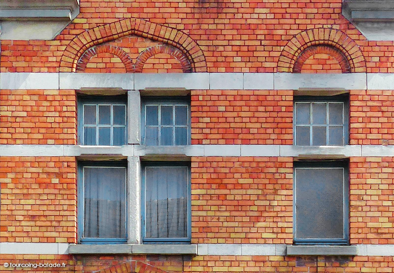 Architecture Tourcoing - Arcs de décharges néo-flamand, Blanc Seau 2019