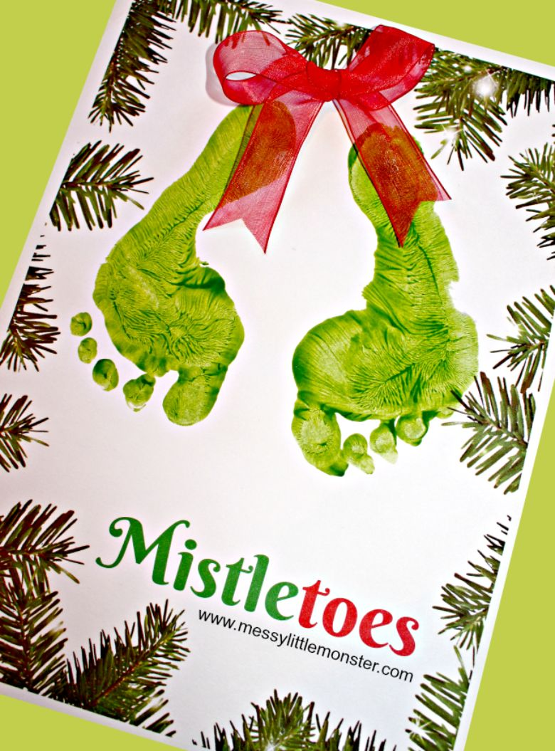 Mistletoes Christmas footprint craft for toddlers and preschoolers