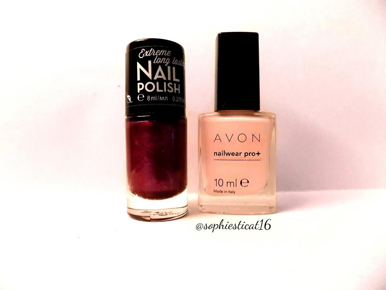 July\'s Nail Challenge - V Shape   Sophie\'s Nail Art Dreamland