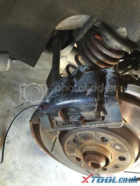 Remplacer EPB 2010 Audi A5 par Xtool V401 12