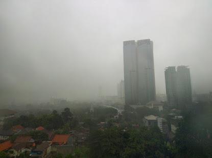 Warga Jakarta Diimbau Waspada Terkait Cuaca Ekstrem Sepekan Kedepan