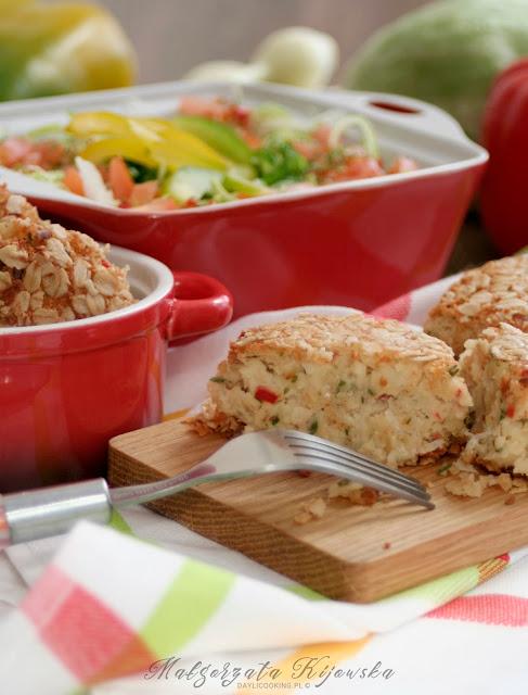 wegetariańskie kotlety, wegetariański obiad, kotlety w panierce z płatków owsianych