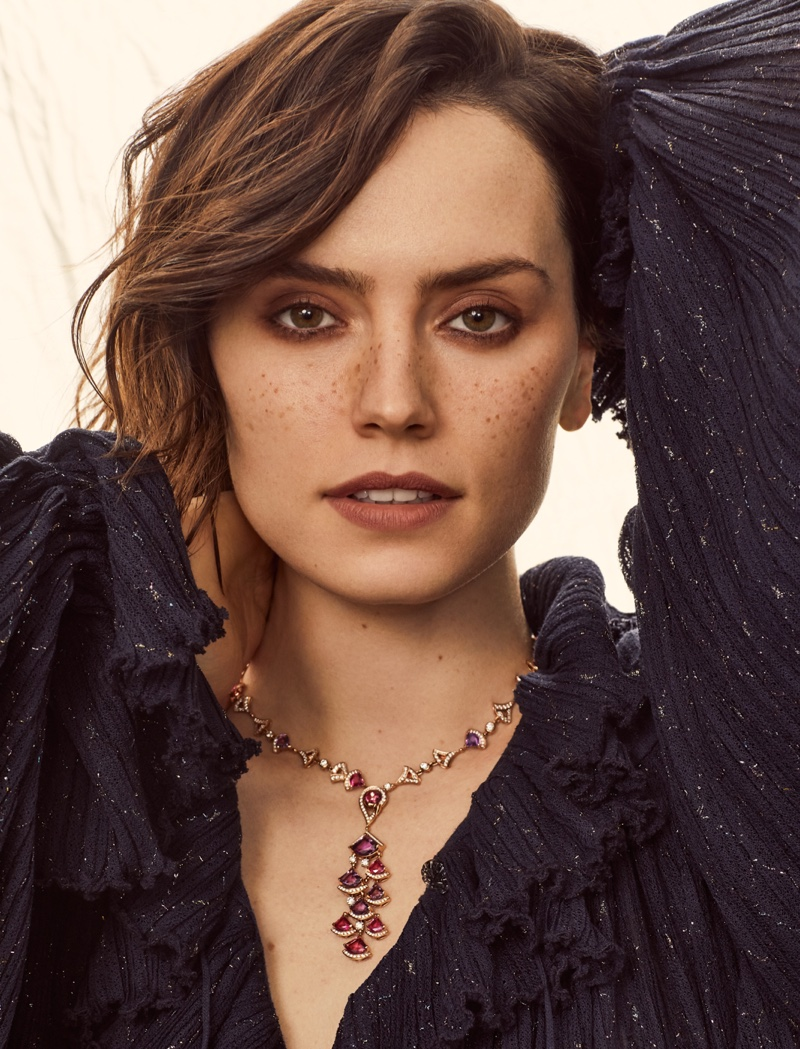Daisy Ridley poses in Chanel dress