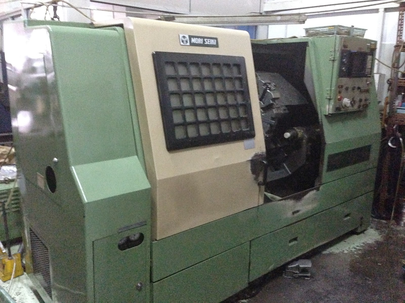 USED AND NEW CNC MACHINE IN SINGAPORE: