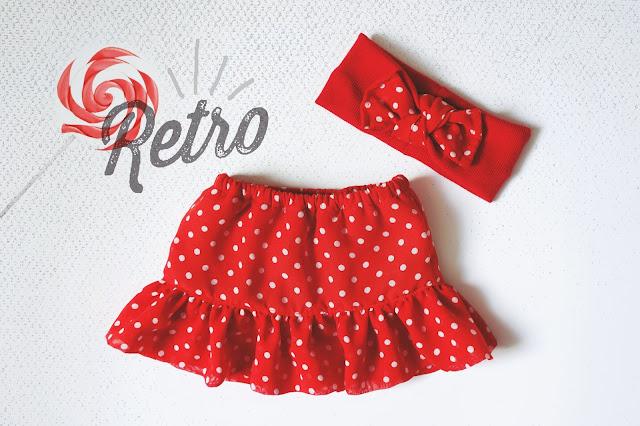 czerwona spódniczka z grochy
