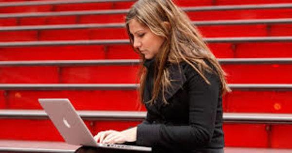 JEE, NEET Coaching Institutes Offer Online Classes During Coronavirus Lockdown