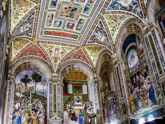 Biblioteca Piccolomini, Siena, Itália