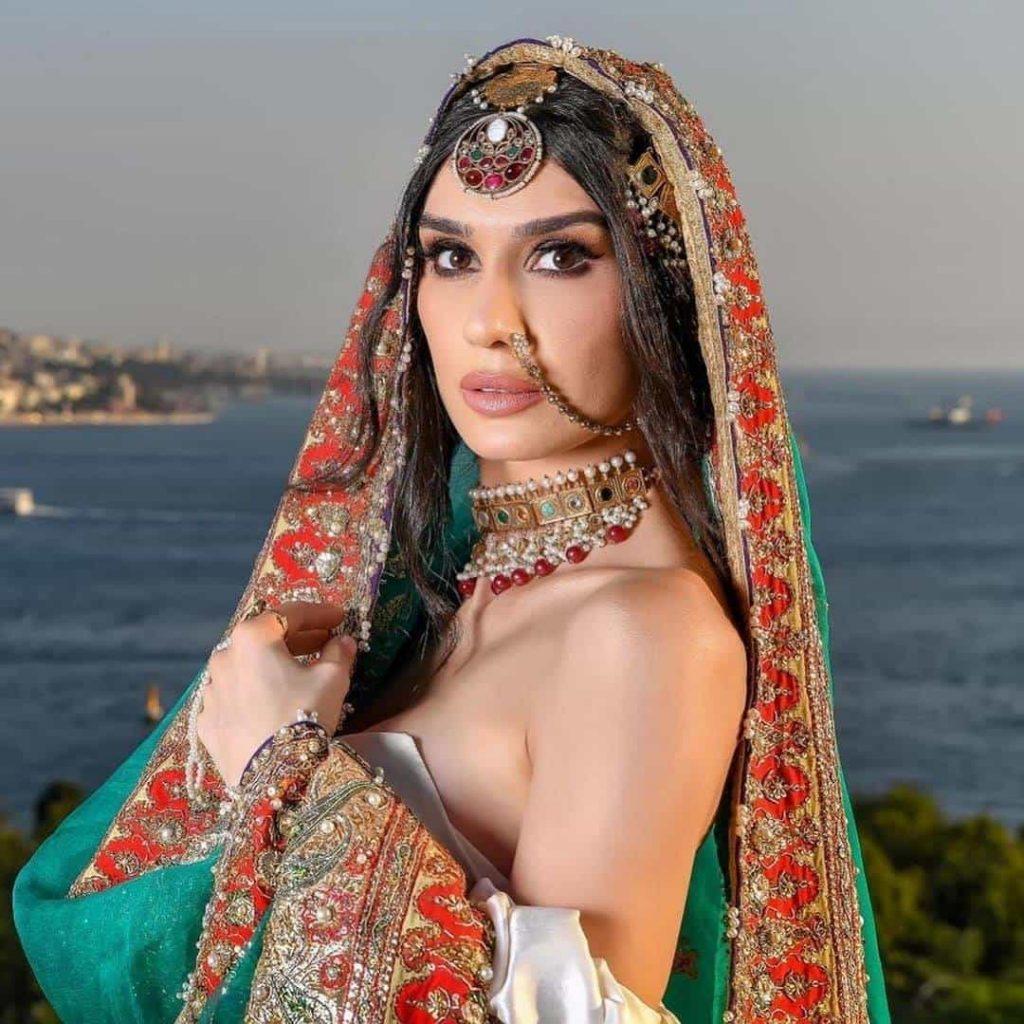 Burcu kıratlı aka Gokce Hatun Bridal Photo Shoot