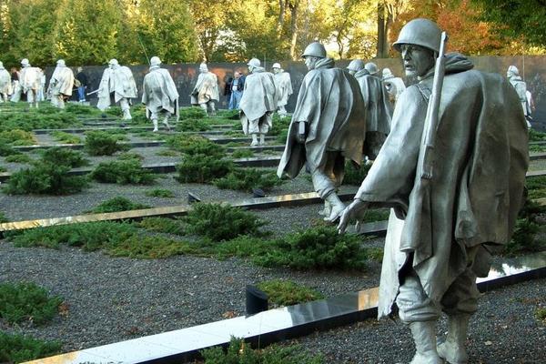 wisata korea, monumen perang korea