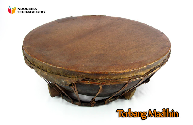 10 Alat Musik Tradisional Kalimantan Selatan Tradisikita