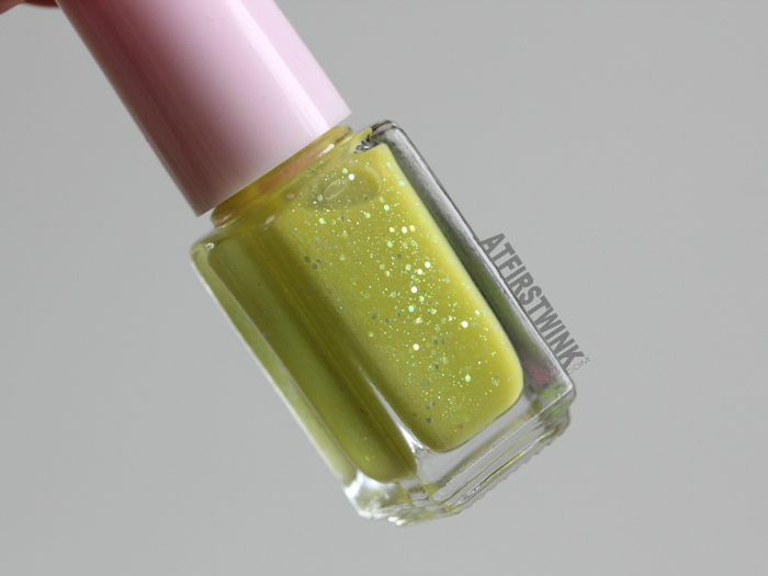 Etude House Juicy Cocktail gradation nails 8 - Lime Squash (nail polish 2 - Thrilling Lime)