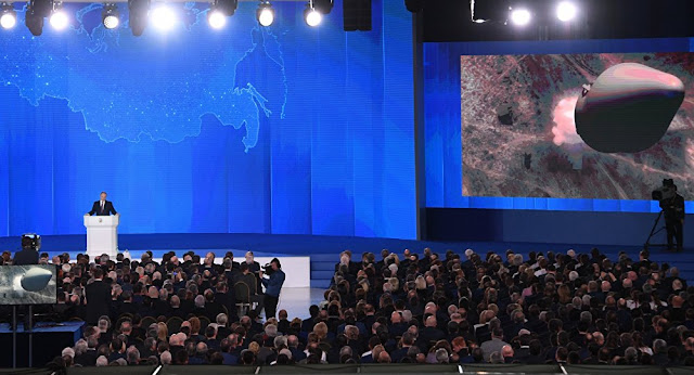 """Vladimir Putin garantiu que o novo míssil não pode ser detectado pelos sistemas antimíssil, classificando a arma como """"invencível""""."""
