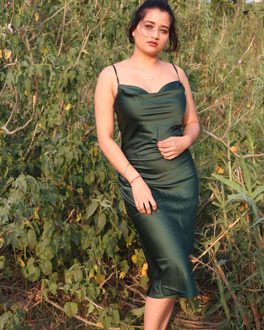 Shweta Sharma Influencer Photos Images Wallpapers