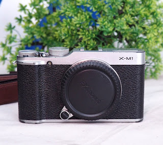 Jual 2nd Mirrorless Fujifilm XM1 - Wifi
