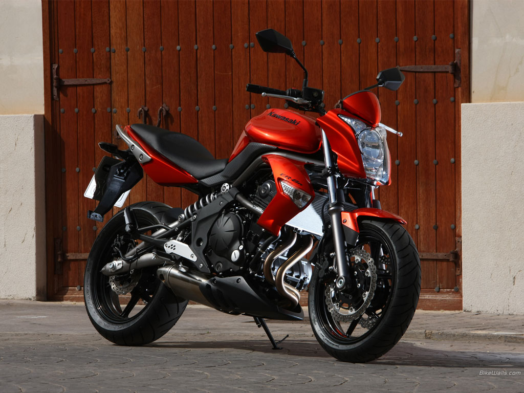 2010 Kawasaki ER-6n Review - Top Speed