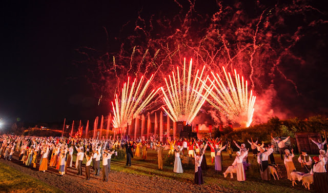 kynren cast and fireworks at end