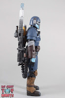 Black Series Heavy Infantry Mandalorian 05