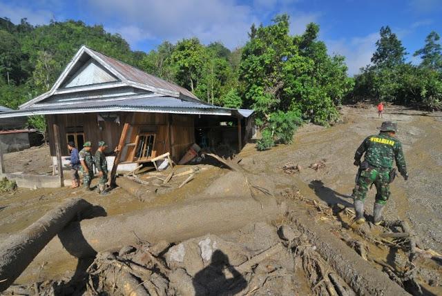 banjir bandang menerjang subang jawa barat