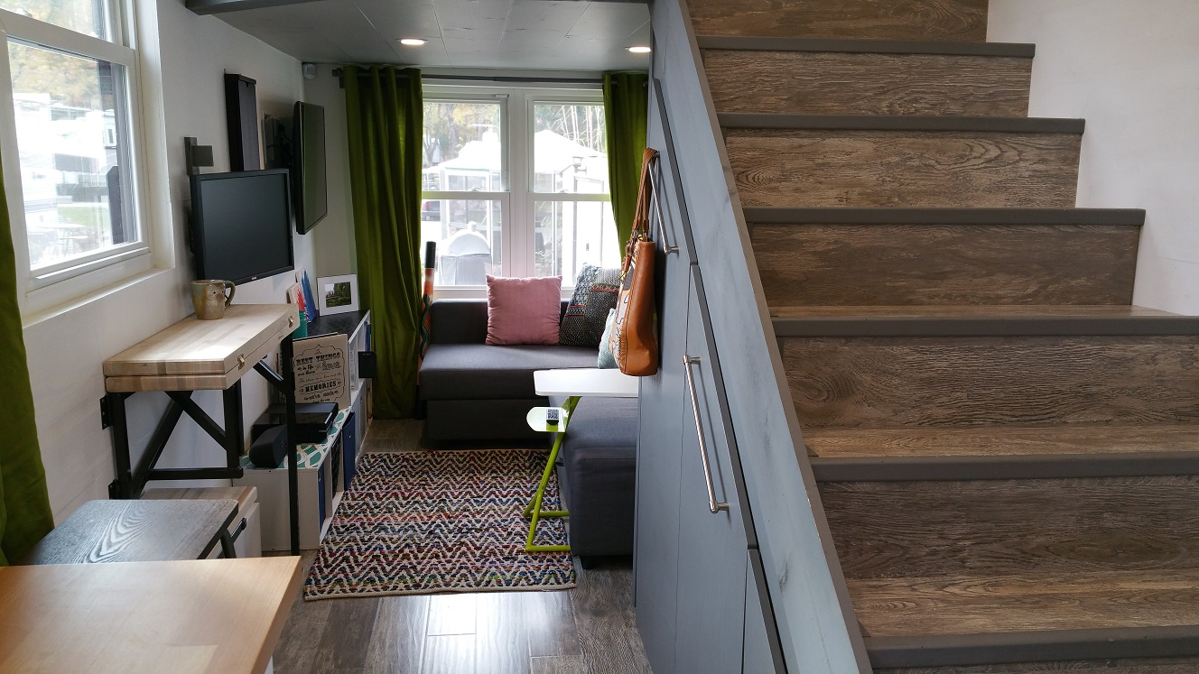 Tiny House Town Tiny House Nation S Smart House 303 Sq Ft