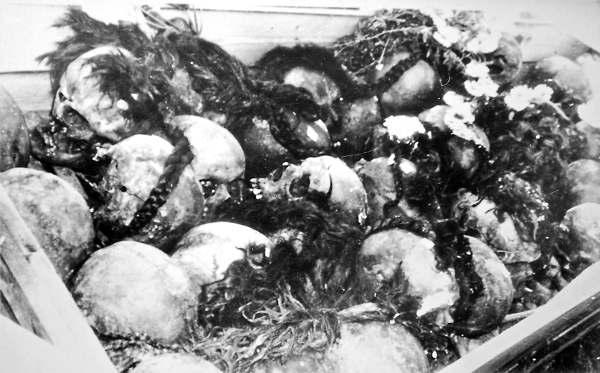 """""""Заколоті багнетами, проколоті шаблями"""": на Житомирщині знайшли масове поховання 170 жертв більшовицького терору, майже 120 з них - діти - Цензор.НЕТ 1917"""