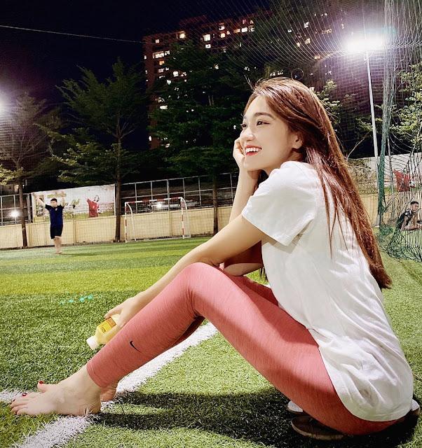 Hình ảnh người đẹp Nguyễn Ngọc Nữ - bạn gái cũ của Phan Văn Đức