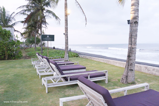 standing stone beach club bali