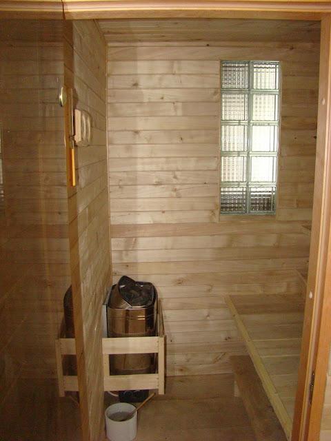 sucha kameralna sauna na Przystani Kowale w Obornikach dostępna dla wszystkich naszych gości