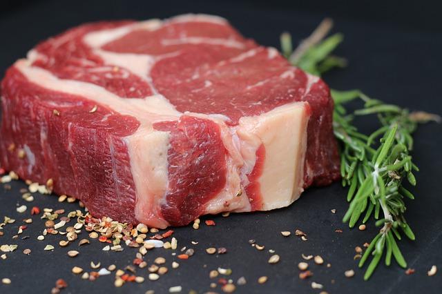 Cara Membedakan Daging Sapi dan Kambing Yang Masih Mentah