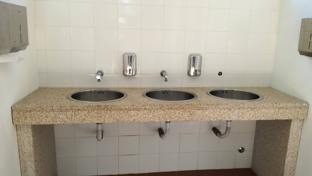 Lavatórios de mãos da Praia da Ponte do Bico