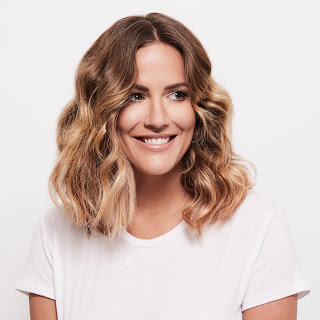 CAROLINE FLACK in stage debut in Crazy for You