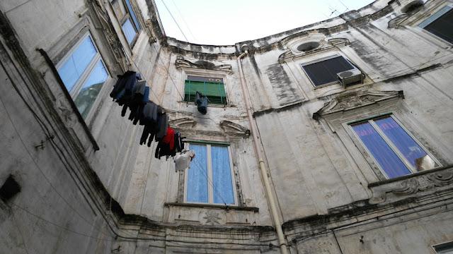 Palazzo ottogonale-Rione Sanità-Napoli