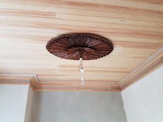Güneş temalı tavan göbeği