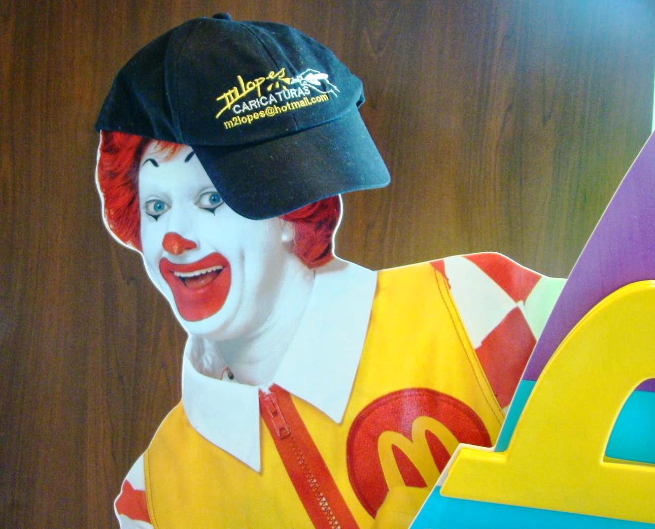 Caricaturas no MC Donalds Gravataí