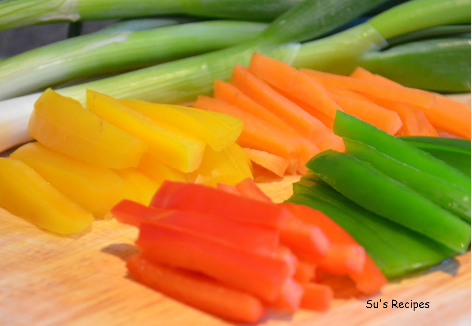 bell peppers, capsicum, spring onions, carrots, su's Recipes