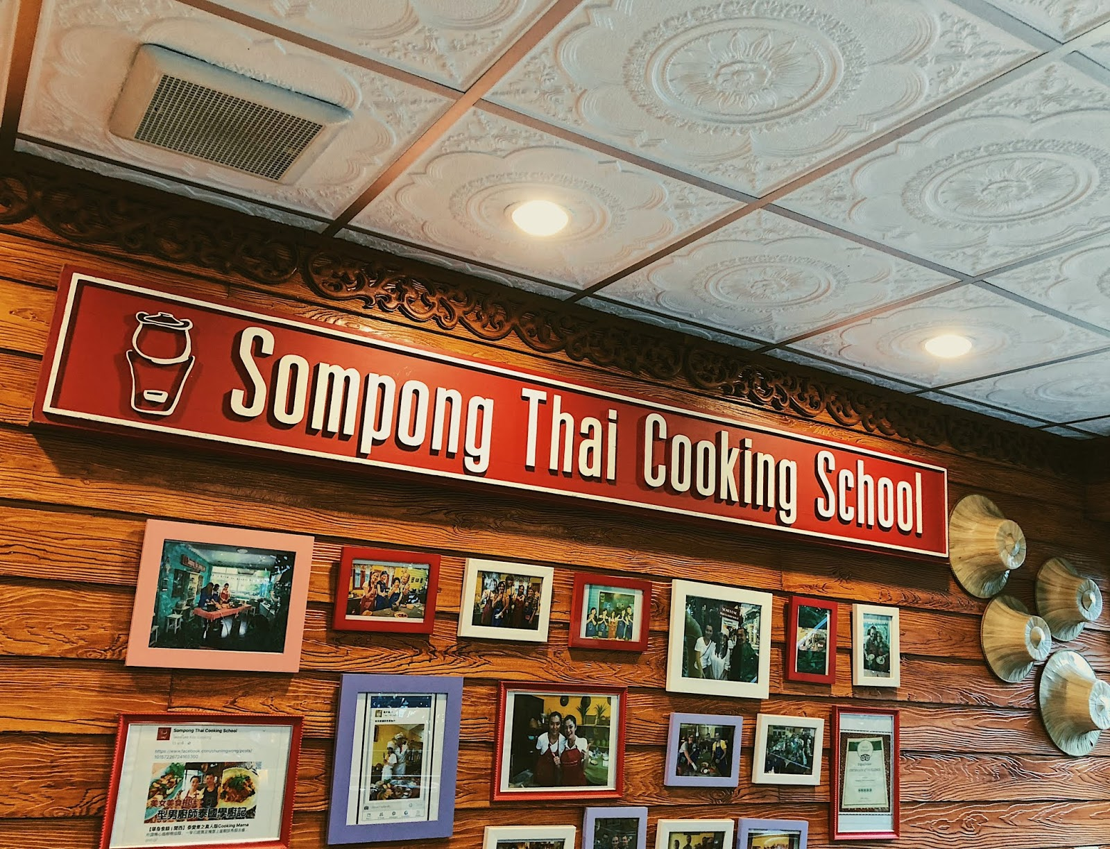 Sompong Thai Cooking Class banner