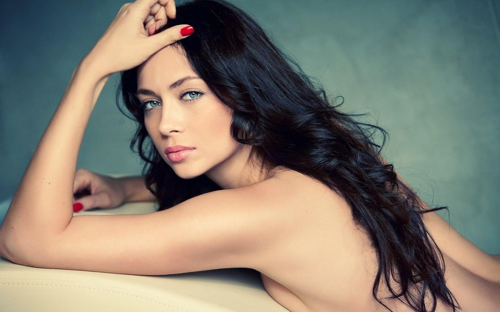 Beautiful blue eyes red nails naked brunette