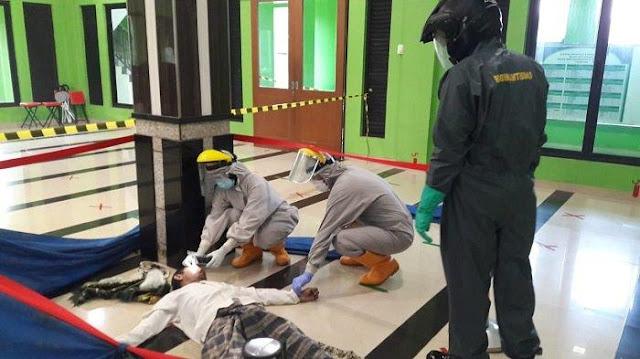 Salah satu Jamaah Meninggal Usal Sholat Subuh di Masjid, Jamaah ...