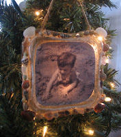 Illuminated memory photo ornaments