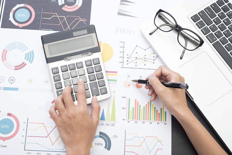 business accounting advisor