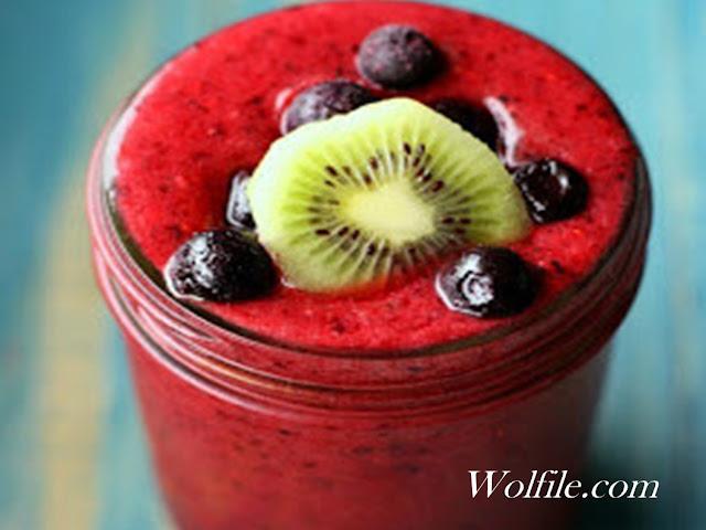 Triple Berry Smoothie Recipe #Smoothie