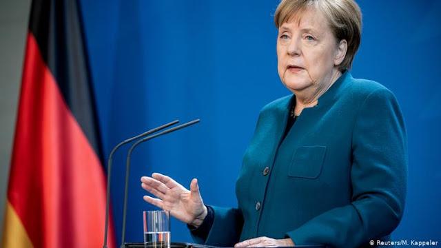 """""""Crise do coronavírus é o maior teste da história da UE"""", diz Merkel"""
