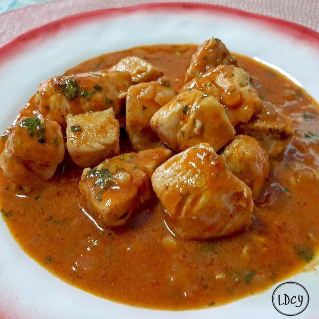 Pollo Con Curry Y Leche De Coco