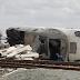 Al menos una persona ha fallecido en el descarrilamiento del tren que enlaza Madrid y Galicia.
